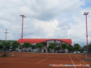Sportski centar Karović