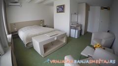 Hotel  NOVI MERKUR